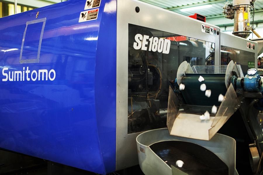 Fase stampaggio Easy Plast